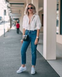 "5,692 curtidas, 29 comentários - ★ LIAN GALLIARD (@liangalliard) no Instagram_ ""Going all _classy_ with a white shirt and my gorgeous new @ver… _ انسام in 2019 _ Pinterest _ Outfits, Fashion and White shirts"